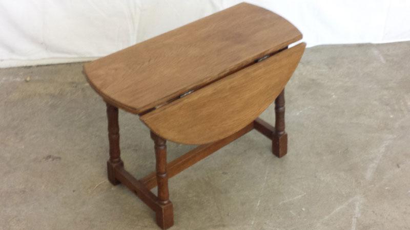 Medium Oak Small Drop Leaf Table
